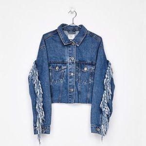 BRAND NEW Bershka Frayed Denim Cropped Jacket